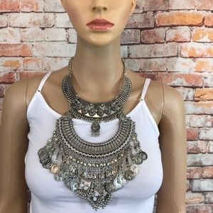 Jewelry - Queen Of All Things Statement Necklace